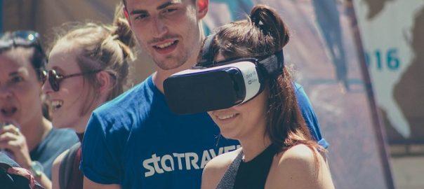 virtualios realybes akiniai